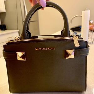 Michael Kors Olive Green leather crossbody bag